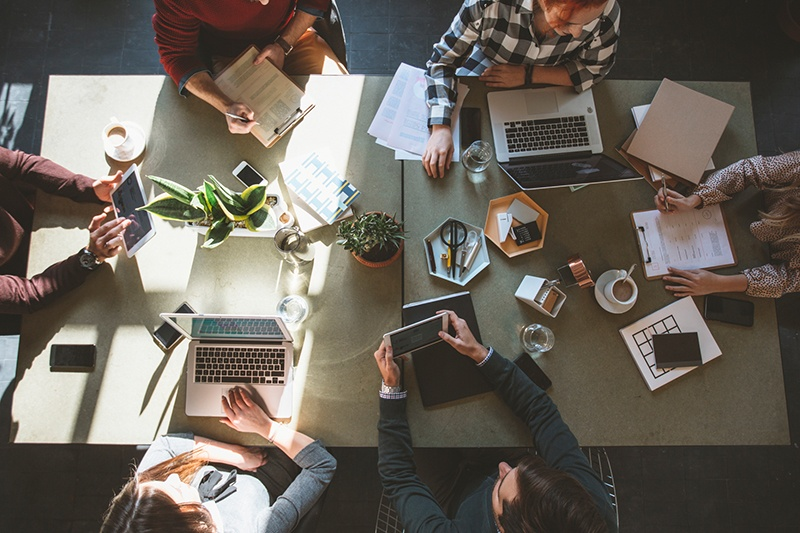 Understanding the Relationship Between Company Culture and Brand